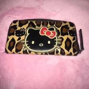 Hello Kitty Wallet 💕